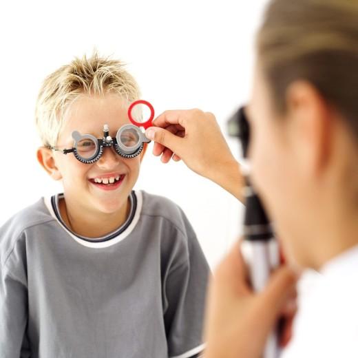Коррекция зрения у детей в клинике Тарус